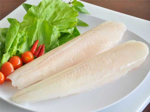 PANGASIUS FILLET FROZEN IN ROLL SHAPE